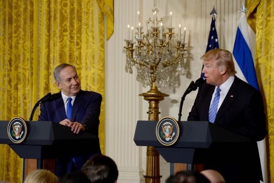 """מצאו מכנה משותף. האדם הכי פחות אנטישמי בעולם פוגש ידיד. הנשיא טראמפ וראש הממשלה נתניהו. (צילום: אבי אוחיון/לע""""מ)"""