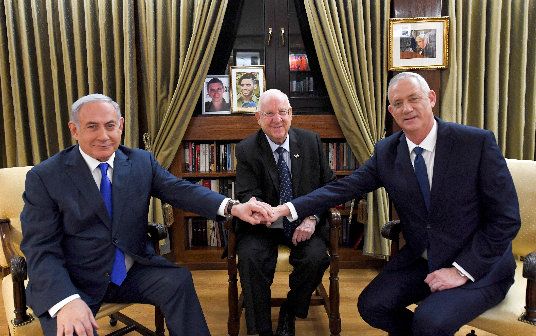 """יו""""ר כחול לבן בני גנץ וראש הממשלה בנימין נתניהו בפגישה אצל נשיא המדינה ראובן ריבלין, 23 בספטמבר 2019 (צילום: חיים צח / לע""""מ)"""