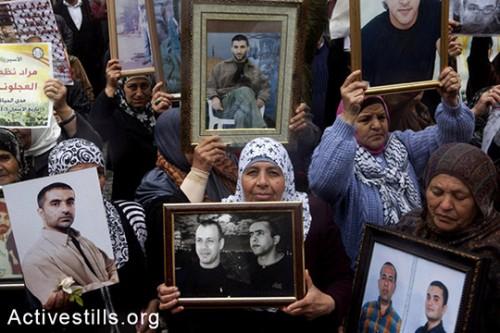 למה אני כותב על אסירים פלסטינים?