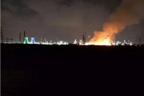 השריפה במפרץ חיפה: ממשיכים לזהם ולהתעשר, להרעיל ולהרוויח
