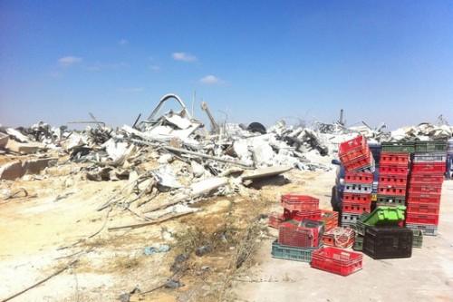 מפעל ריאן ליוגורט, אחרי ההריסה (צילום: Youth Against Settlements)