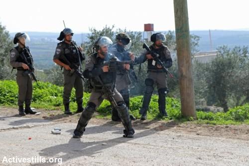 עצורים, כדורי גומי ואבנים בהפגנות ברחבי השטחים