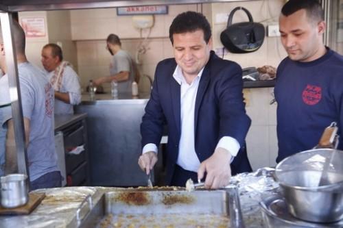 הבחירות בישראל בתקשורת הפלסטינית: מהגרזנים של ליברמן ועד המשותפת