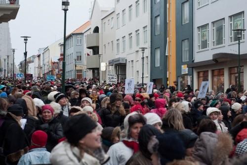 היום לפני: ארבעים שנה ליום שבו נשות איסלנד יצאו לשביתה