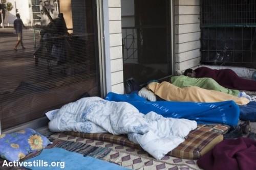 המאבק הצליח: המדינה תתן סיוע בשכר דירה גם לדרות רחוב צעירות