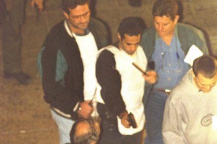 """יגאל עמיר משחזר את רצח רבין. מה מכל זה קרה באמת? (נתי הרניק/לע""""מ)"""