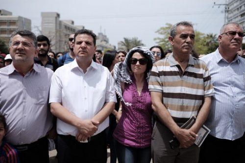 חותרים תחת האליטות: בין הדוד הפלסטיני לערס המזרחי