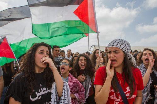 מפגינות ביום הנכבה בישראל. הגיע הזמן לשינוי מדיניות. (הדס פרוש/פלאש90)