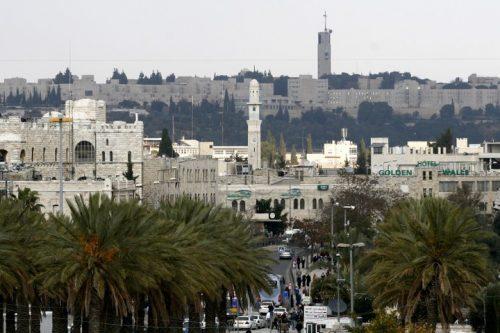 במקום להיות מקום מחקר של האזור שאנחנו חיים בו, המזרחנות בישראל הפכה בדלנית. האוניברסיטה העברית על רקע מזרח ירושלים (צילום: מיכאל פטאל / פלאש 90)