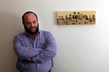 """מדבר על מדינה שמכחידה אזרחים ב""""נימה הומוריסטית"""". השדרן קובי אריאלי (צילום: יוסי זמיר / פלאש 90)"""