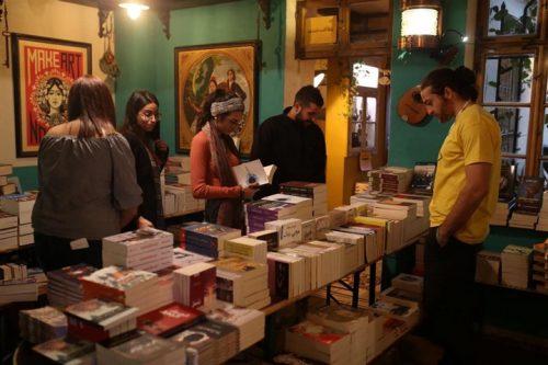 תערוכת הספרים השלישית בפתוש (צילום: שריף מוסא)