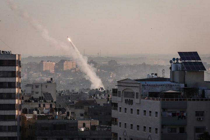 טילים נורים מעזה לכיוון ישראל, ב-12 בנובמבר 2019 (צילום: חסן ג'די / פלאש90)